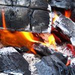 バーベキューの炭の処理や消し方はどうする?再利用と捨て方のまとめ